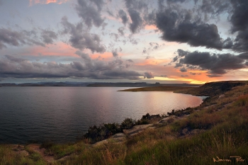 Sunset at Sterkfontein Dam