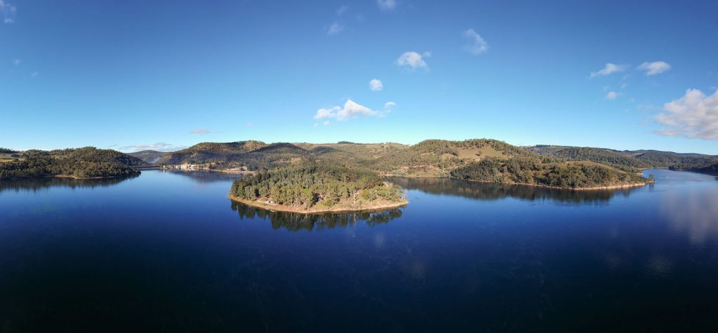 Panoramic view of Lake Lyall